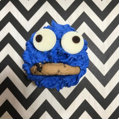 cookie monster cupcake, buttercream icing, kids cupcakes