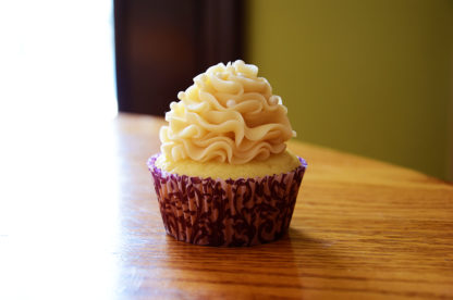 vanilla cupcake, buttercream icing
