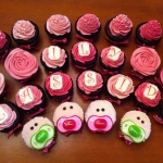 Baby Shower-- personalized chocolates and soother cupcakes