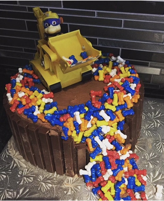 custom desserts, party desserts, custom cake, themed cake