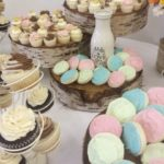 cupcake towers, dessert tables