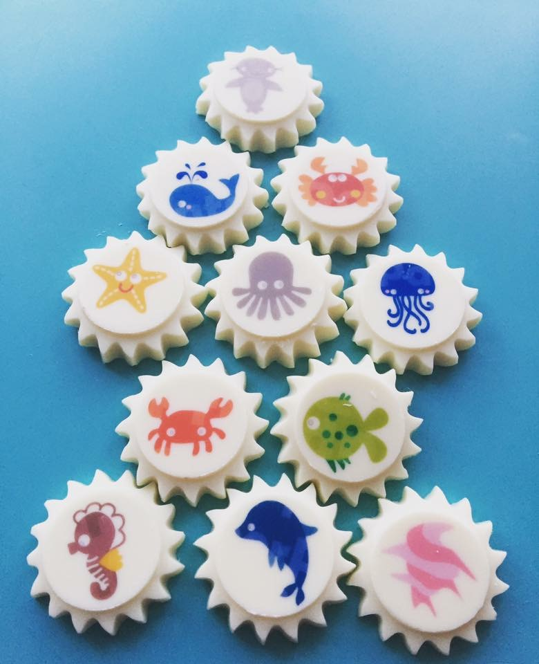 custom desserts, party desserts, custom cake, themed cake, cupcakes, birthday, chocolate garnish