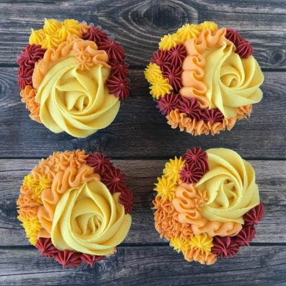 floral cupcakes, buttercream icing, fall cupcakes