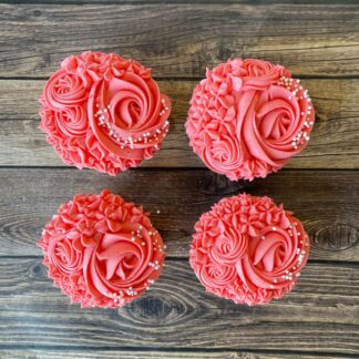 floral cupakes, buttercream icing